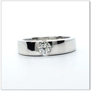 แหวนเพชรผู้ชาย แหวนผู้ชาย GR1092