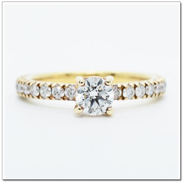 แหวนทองฝังเพชร