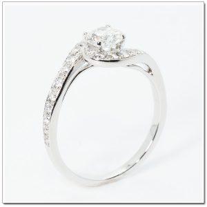 แหวนหมั้นเพชรล้อม ดีไซน์หรู เพชร 98