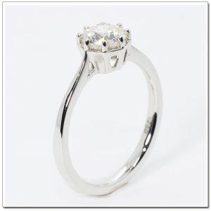 แหวนหมั้นเพชร แหวนเพชรเม็ดเดี่ยว แหวนทองคำขาวฝังเพชรน้ำ 100