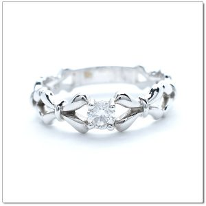 แหวนเพชรรูปโบว์