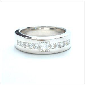 แหวนเพชรผู้ชาย แหวนเพชรสี่เหลี่ยม